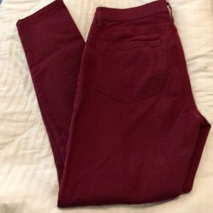 Wine colored, ankle legging, mid rise jeans